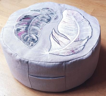 Meditatie kussen van hergebruikt textiel